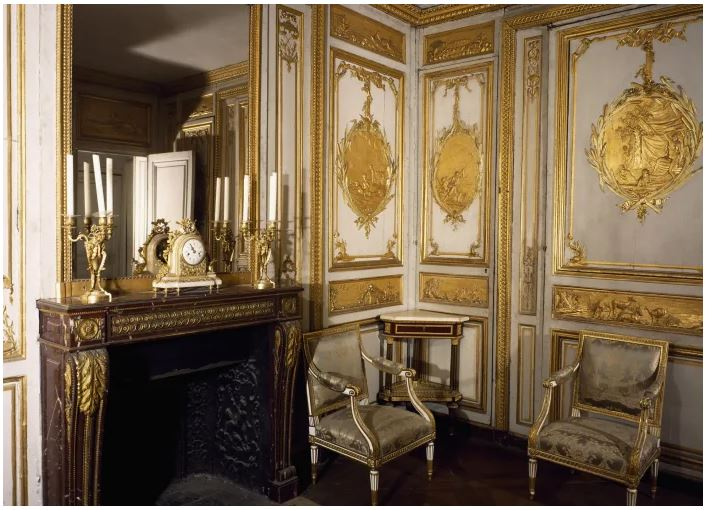 Louis XV's toilette